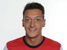 A Mesut Ozil