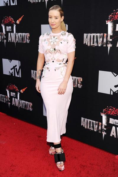 mtv-movie-awards-2014-LoggTV-April-2014-3