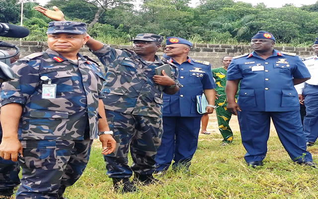 FROM RIGHT: CHIEF OF AIR STAFF, AIR MARSHAL ADESOLA AMOSUN; CHIEF OF ADMINISTRATION, NIGERIA AIRFORCE HEADQUARTERS, AIR VICE MARSHAL CHRISTIAN CHUKWU