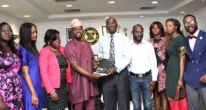 Fashola receives award