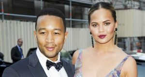 CHRISSY JOHN LEGEND BRALESS LOGGTV