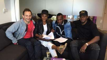 Seyi Shay Signs To Island Universal Records