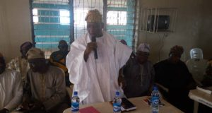 Engineer Bayo Dayo addressing PDP Members in Ogun State