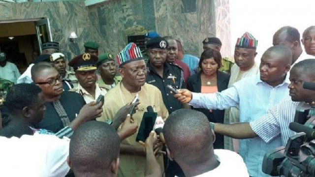 Benue State Governor Ortom attending to Pressmen