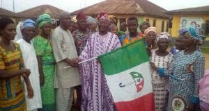 Hon Sina Adeniyi led hundreds of supporters to join PDP