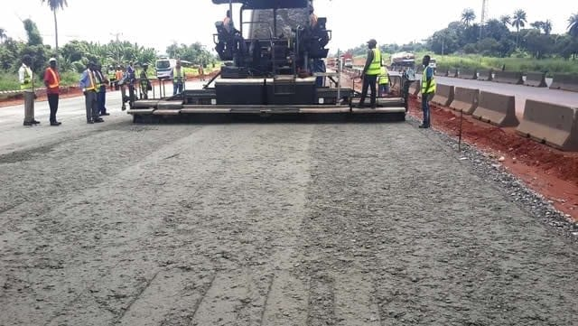 Lagos Ibadan Expressway road in nigeria