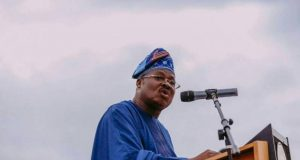 Oyo State Governor Abiola Ajimobi addressing the public