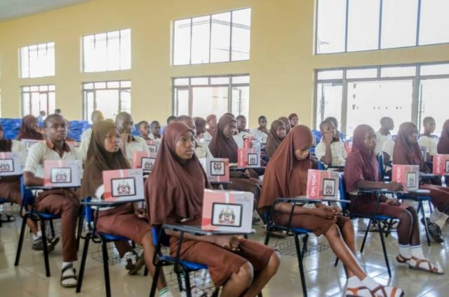 Opon Imo Distribution by Osun State Government to Students in the state on on 7th December 2017