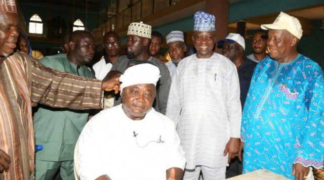 Hon Ladi Adebutu being installed by Imam Abdul-Wasiu Solabi as the Mogaji Adinni of Ifo Local Government