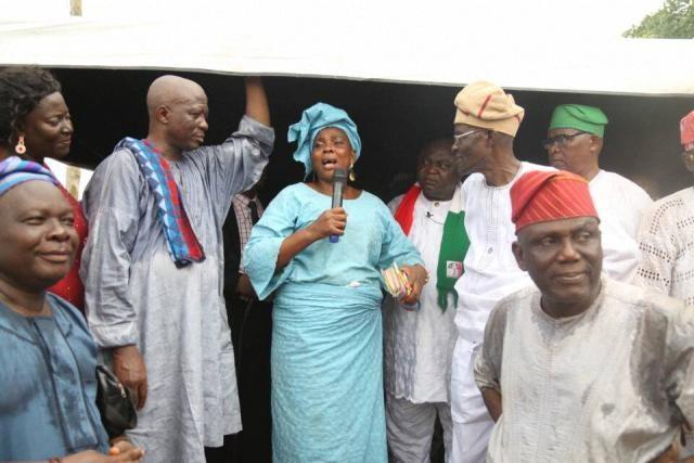 Mrs Rafatau Olaleye led the Accord Party members to PDP