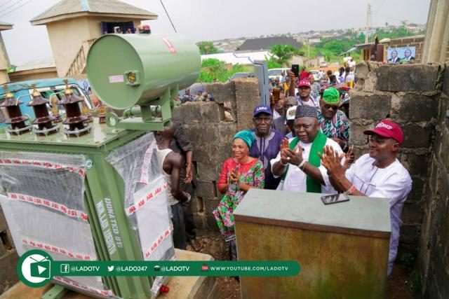 Sagamu Communities commend Hon Ladi Adebutu over Transformers