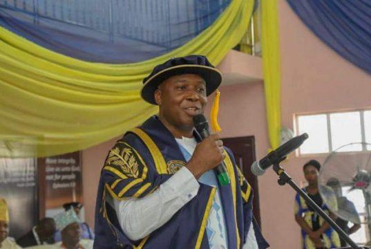 Senator Bukola Saraki advises Nigerian Youth to Turn their Cellphones into Business Tools