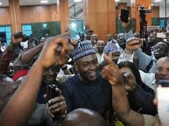 Senator Bukola Saraki receives Hero's Welcome at National Assembly after failed Legislative Coup