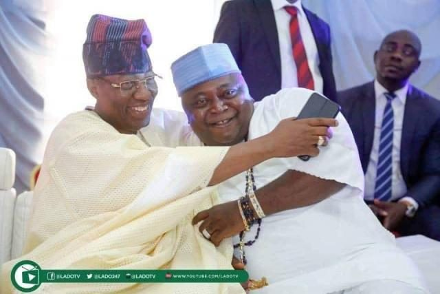 Ex-Governor of Ogun State, Otunba Otunba Gbenga Daniel, in a warm embrace with Ogun State 2019 PDP Gubernatorial flagbearer, Hon Ladi Adebutu