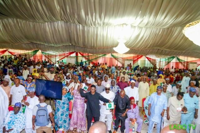 Cross section of party enthusiastic faithfuls at the Ogun PDP unification meeting