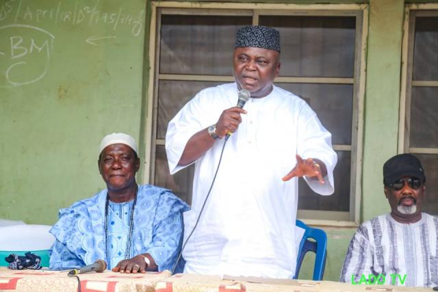Hon Adebutu addresses the people of the Ijagun Community...restates his commitment to better life for Ogun people