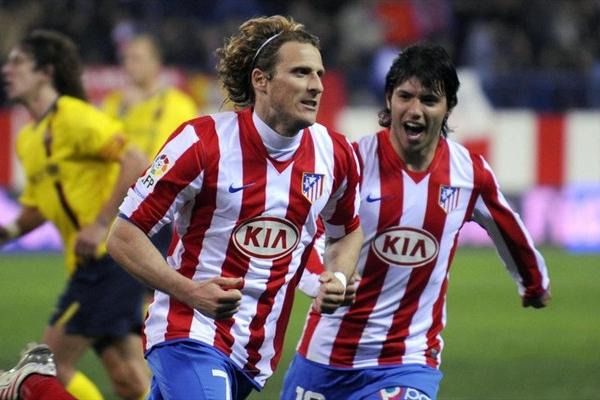 Sergio Aguero and Diego Forlan