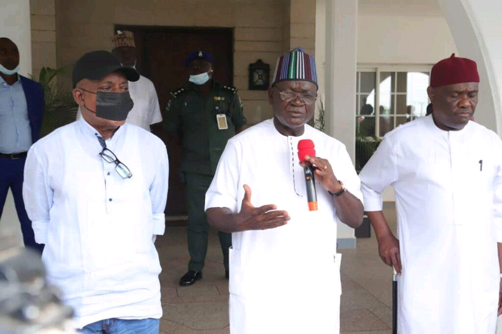 Governor Samuel Ortom meets with Uche Secondus and Nyesom Wike